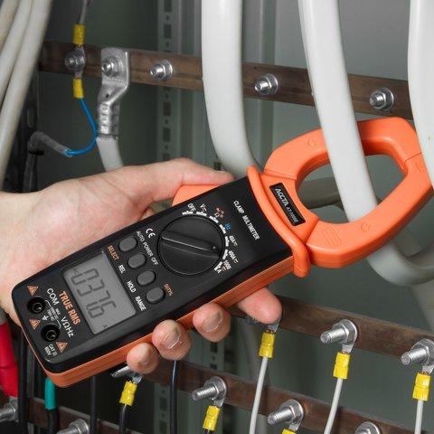 Digital Clamp Meter Accta AT-1000E Preview 6